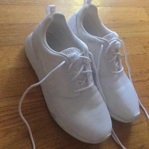 White Nike Roush 1 6Y women's 7.5/8 boys 6